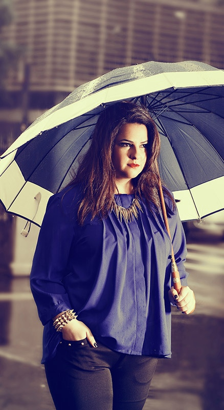Barbara Machado - Looks: Azul Cobalto Plus Size 2