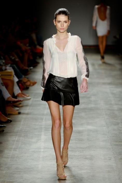 Barbara Machado - Looks - Couro para o Verao 2013 - 6