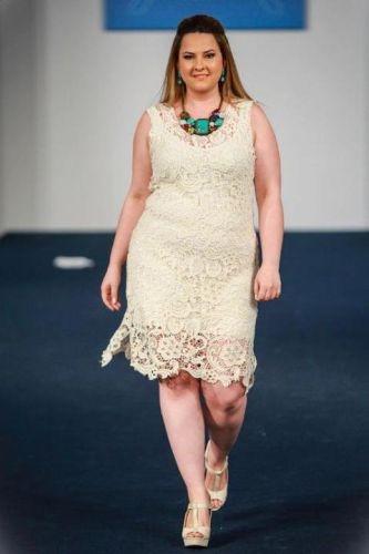 Barbara Machado - Moda Plus Size - Rendas Coloridas 1