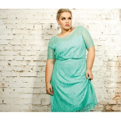 Barbara Machado - Moda Plus Size - Rendas Coloridas 2