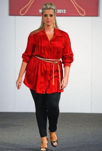 Barbara Machado - Looks - Inverno mais Charmoso - Combinação Preto + Vermelho 8