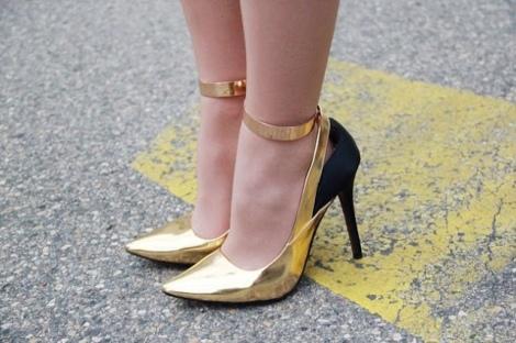 Barbara Machado - Acessórios -  Ankle Cuff - Algemas de Metal 3