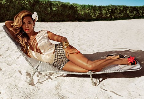 beyonce-knowles-enjoys-sunshine-in-h-m-summer-campaign