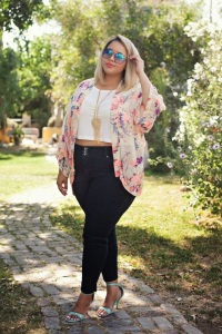 top-cropped-plus-size1